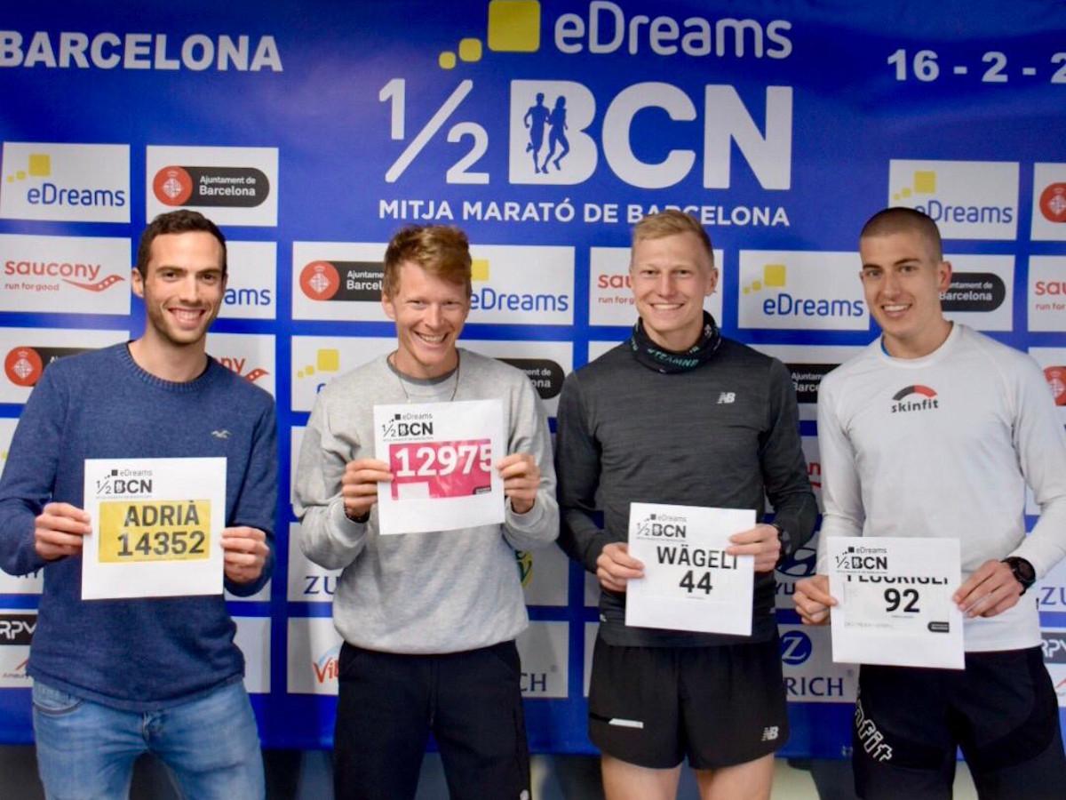 Gruppenfoto mit Adrià Alcalà, Adrian Lehmann, Patrik Wägeli und Armin Flückiger